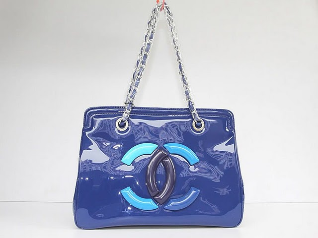 Replica Chanel Cruise Lipstick Patent Tote bag A47926 Blue On Sale