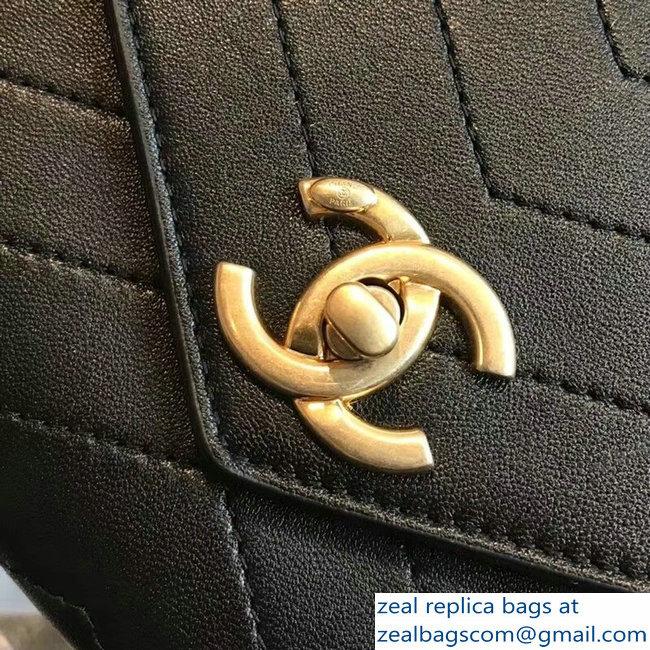 Chanel Chevron Chic Lambskin Gold-tone Metal Small Flap Bag A57431 Black  2018 0b818ed8daacf