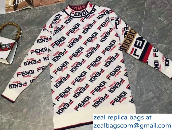 Fendi All-Over Fendi Mania Pattern Printed Pullover Sweater 2018