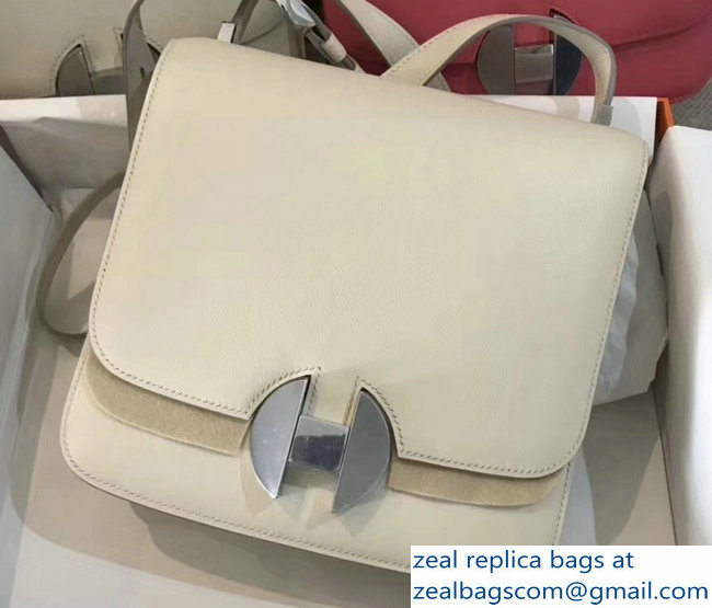 Hermes 2002 - 26 Bag Creamy In Evercolor Calfskin With Adjustable Strap