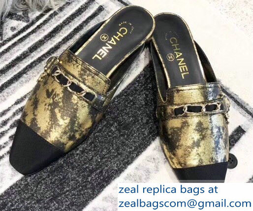 Chanel Chain and Leather Slipper Sandals Mules Gold 2019