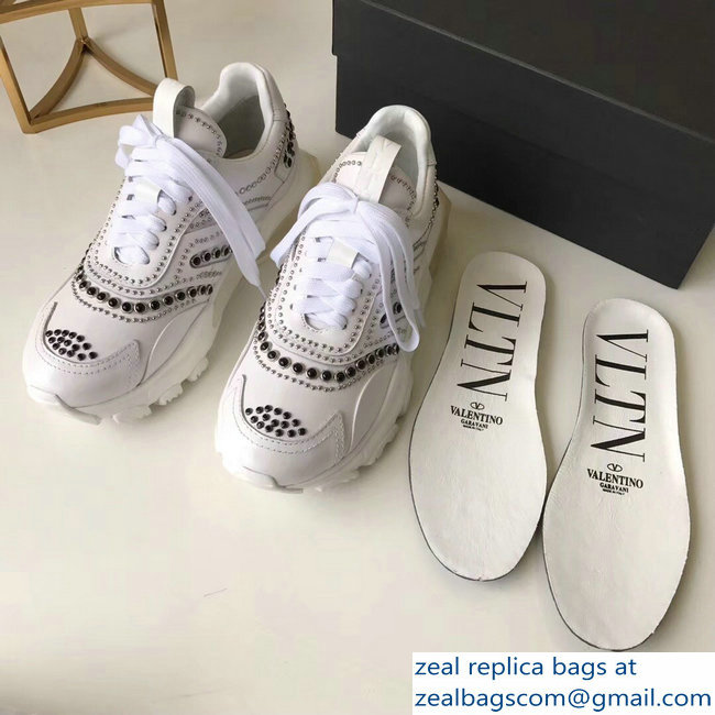 Valentino Bounce Low-top Sneakers Studs White 2019