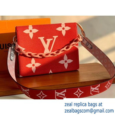 Louis Vuitton Monogram Giant Canvas Toiletry Pouch 26 Bag with Chain and Strap Rounge 2020