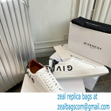 Givenchy URBAN STREET sneakers white/black patent
